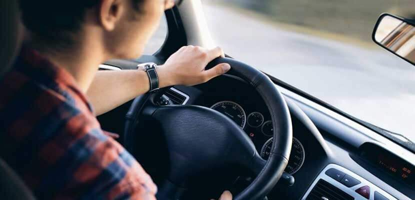 Why Professional Driving Instructors are Better than Private Lessons